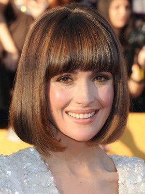 Прически повседневные на средние волосы с челкой