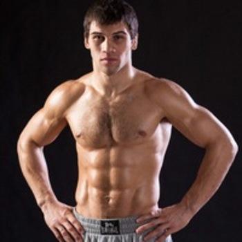 Токов побьётся в андеркарде боя Емельяненко-Митрион на турнире Bellator 172