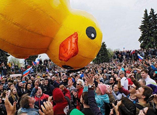 Путин призвал не опасаться акций протеста в России
