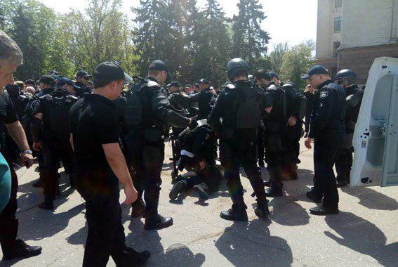 СБУ начала задержания одесситов