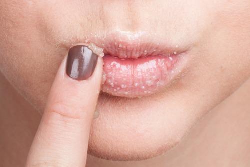 12 ошибок которые допускает каждая вторая когда красит губы