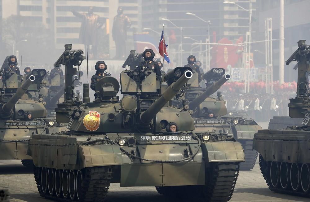 """Модернизированный северокорейский танк """"Чонма-216"""" крупным планом"""
