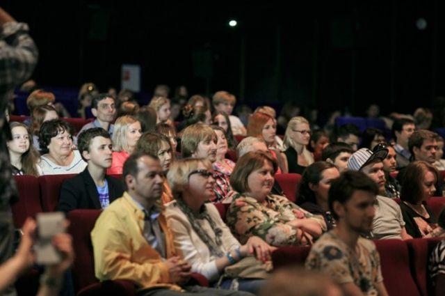 Кассовые сборы российского кино достигли 8,6 млрд рублей — Мединский