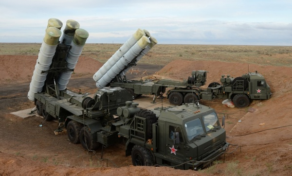 Россия начала поставки зенитной ракетной системы С-400 «Триумф» Китаю