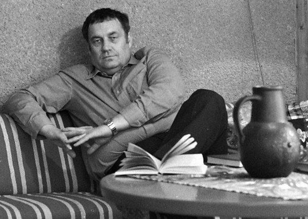 Малоизвестное стихотворение Эльдара Рязанова о юности, памяти и бессмертии
