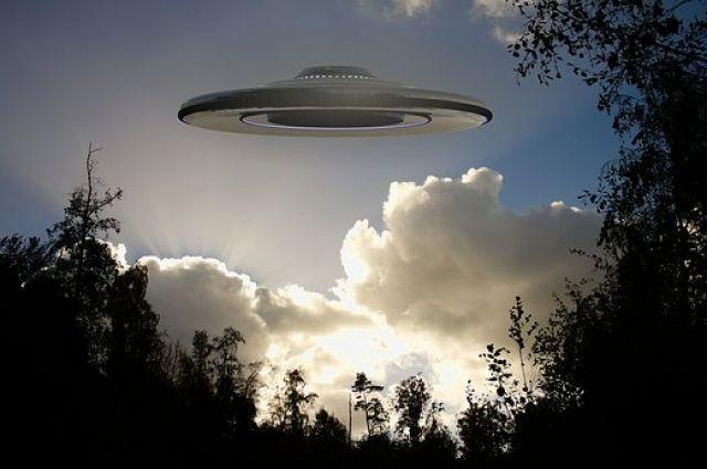 СМИ: Пентагон потратил миллионы на исследования НЛО