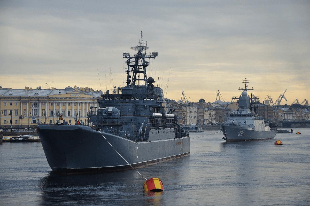 От Петербурга до Сирии: День ВМФ-2017