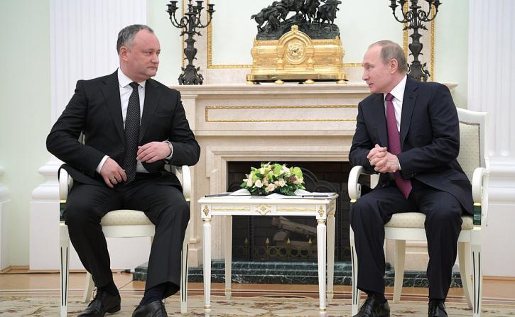 Президент Молдавии после встречи с Путиным резко «включил заднюю»: Додон «все аккуратно объяснил» Москве