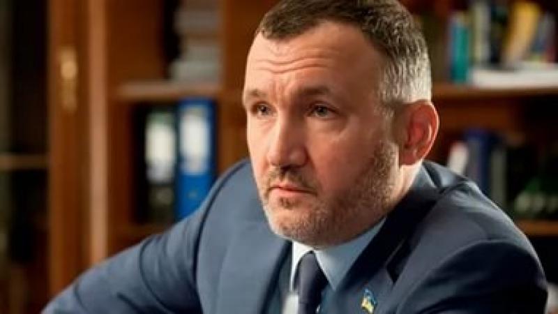 Ренат Кузьмин: Суд обязал расследовать хищение Турчиновым $800 млн