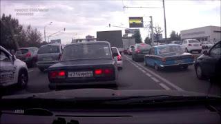 Волга передразнила заниженную белую Приору