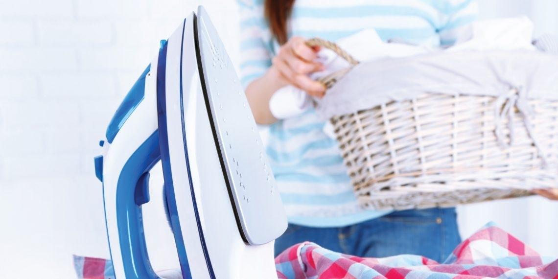 Как почистить утюг в домашних условиях