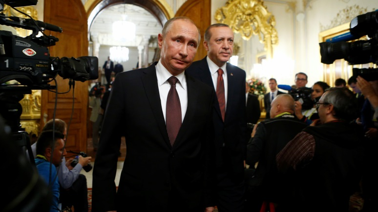 Forbes: Эрдоган устроил переполох в Голландии «по заданию Путина»