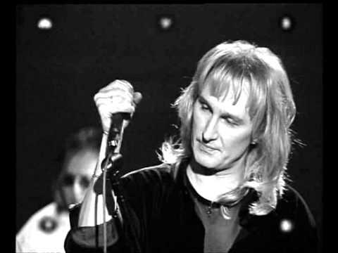 """Песни 90-ых: Рондо - """"Московская осень"""""""