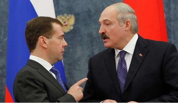 Александр Лукашенко пригрозил выставить счет Дмитрию Медведеву