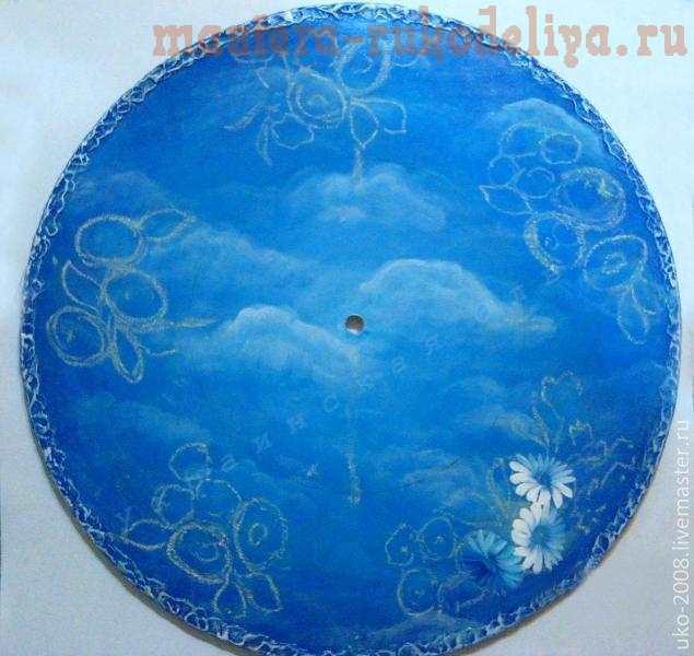 Мастер-класс по росписи двойным мазком: Часы Венок в облаках