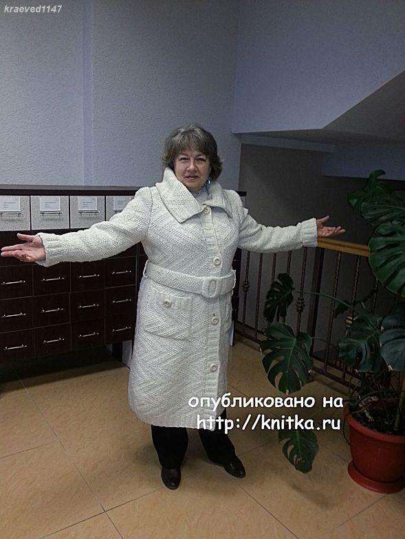 пальто из кавказской пряжи