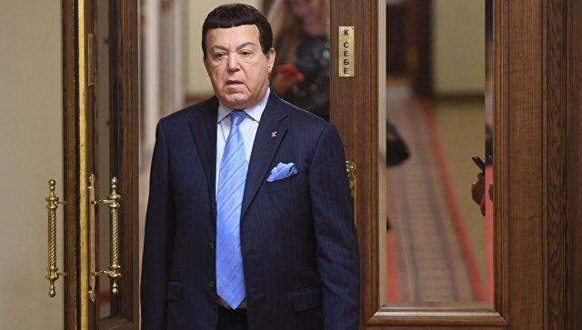 Кобзон рад, что Украина может запретить Самойловой въезд в страну