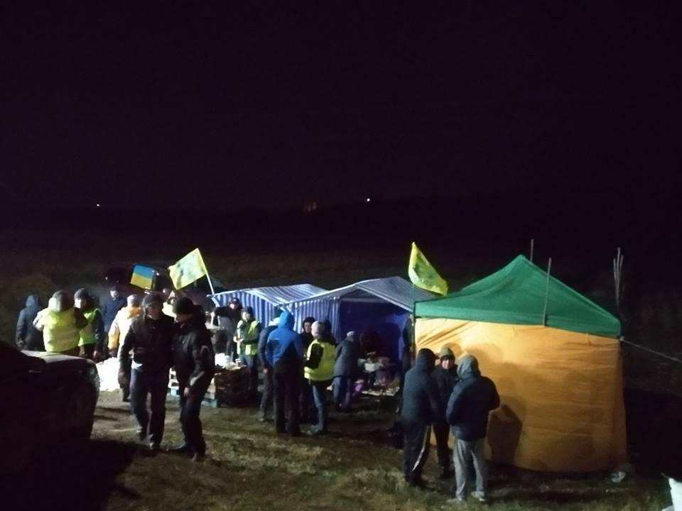 Годовщину майдана Украина встречает бунтами по всей стране