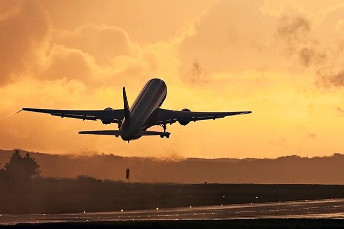 Изнутри и снаружи. 8 невероятных мифов о гражданской авиации