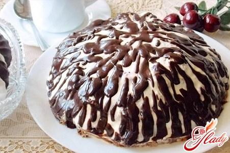 """Сметанный торт """"Панчо"""": нежное бисквитное совершенство"""