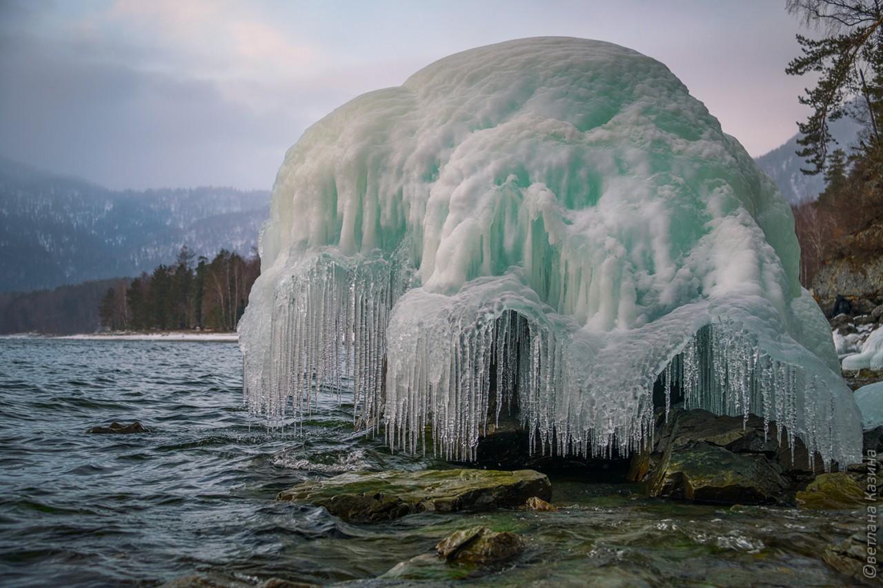 Фотопроект Светланы Казиной. Ледяные медузы Телецкого озера ( Горный Алтай)
