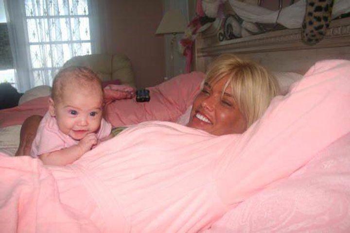 Прошло 10 лет после смерти Анны Николь Смит. Как сегодня выглядит ее дочь? Анны Николь Смит, в мире, выросла, дети, дочка, красавица, люди, родители