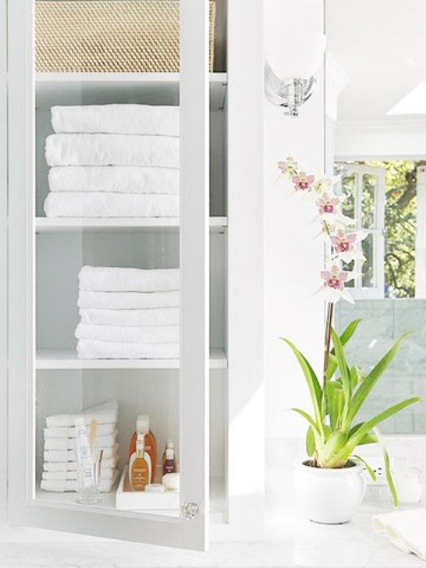 practical-bathroom-storage-ideas-32