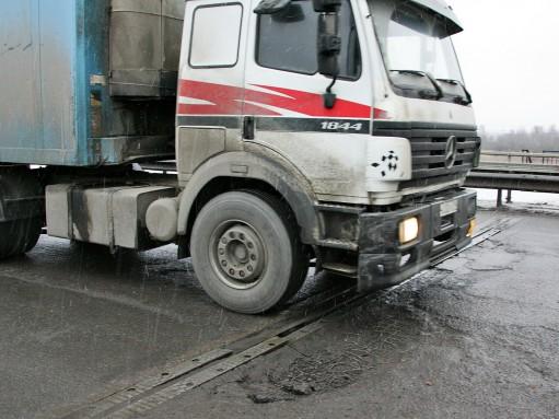 Росавтодор объяснил, почему в России плохие дороги