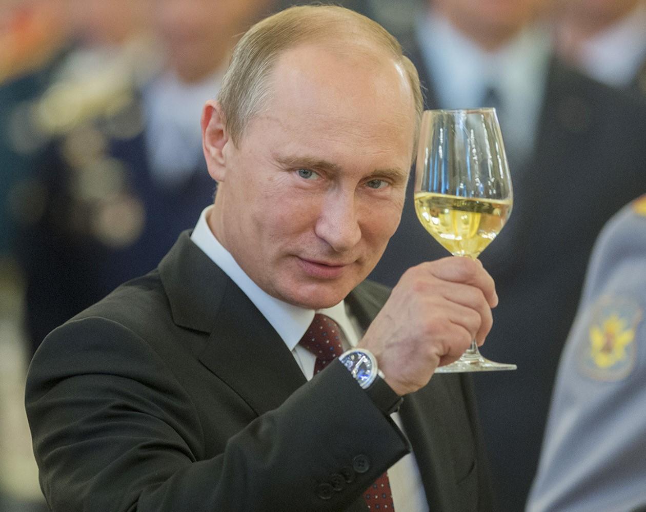 Песня про Путина выиграла Гр…
