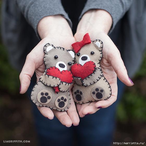 Медвежата с валентинками из …