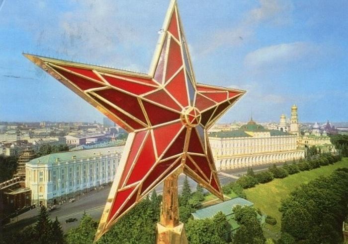 Красная звезда, Олимпийский Мишка и другие: Как появились самые известные символы СССР