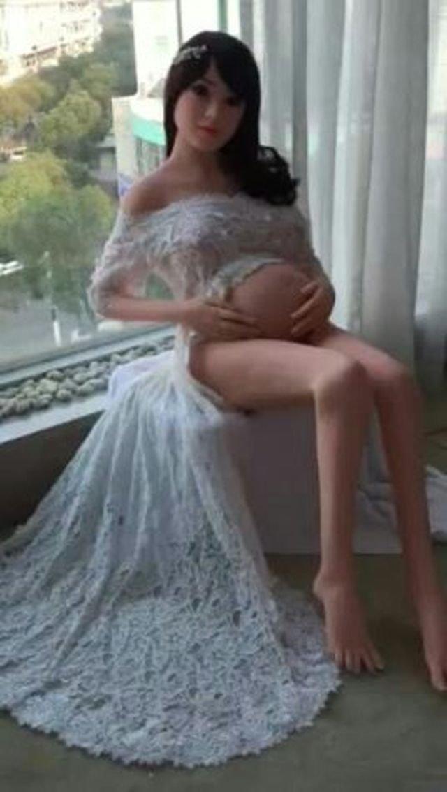 Фотографии беременных секс-кукол потрясли интернет беременность, любопытно, неожиданно, новинки, новости технологий, секс робот, секс-кукла, фотографии