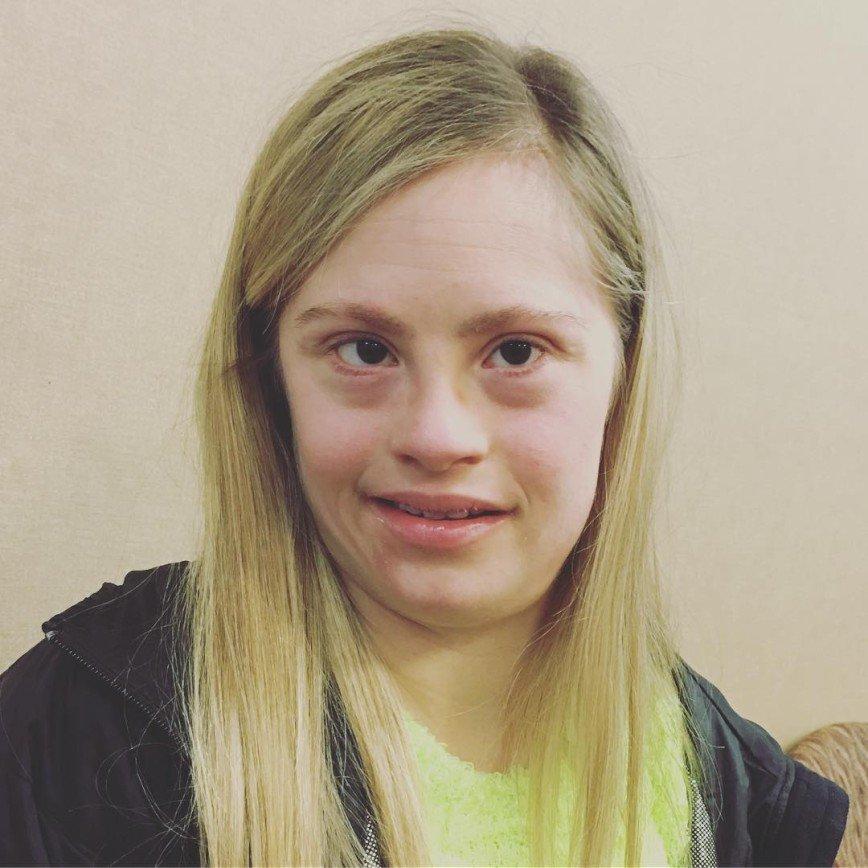 Мисс Миннесота : в США девушка с синдромом Дауна выиграла конкурс красоты