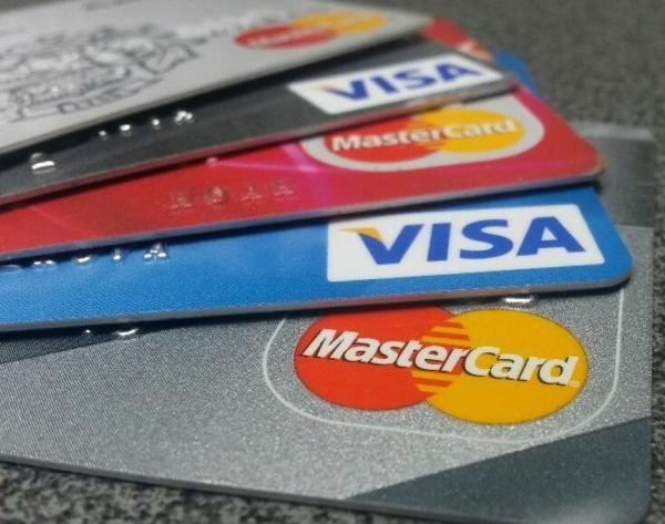 Неужели Visa и Mastercard покинут российский рынок?