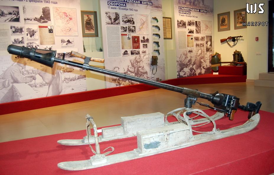 Сани, противотанковое ружье и военная бюрократия