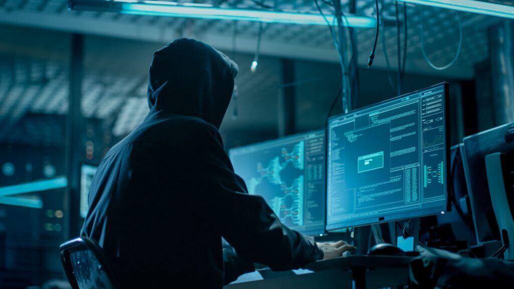 Исподтишка: украинские хакеры выкрали корпоративные базы данных в США