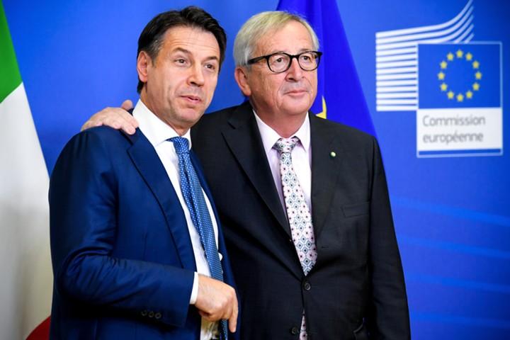 СМИ: Италия и Еврокомиссия достигли соглашения по бюджетному спору