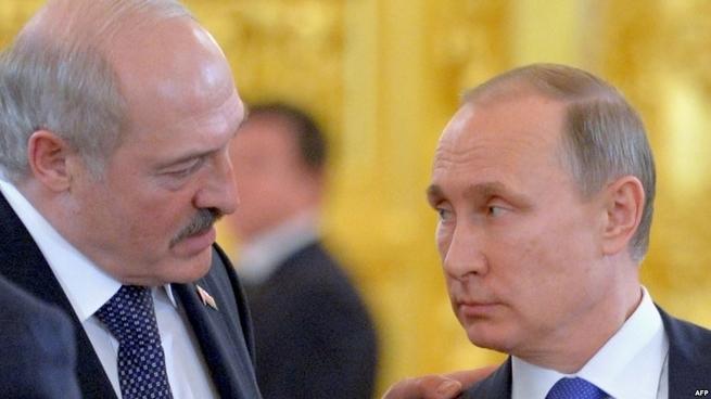 Лукашенко Путина совсем за дебила держит?!