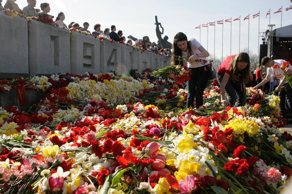 Мэр Риги гарантирует, что не будет снесён ни один памятник Советским Воинам-Освободителям