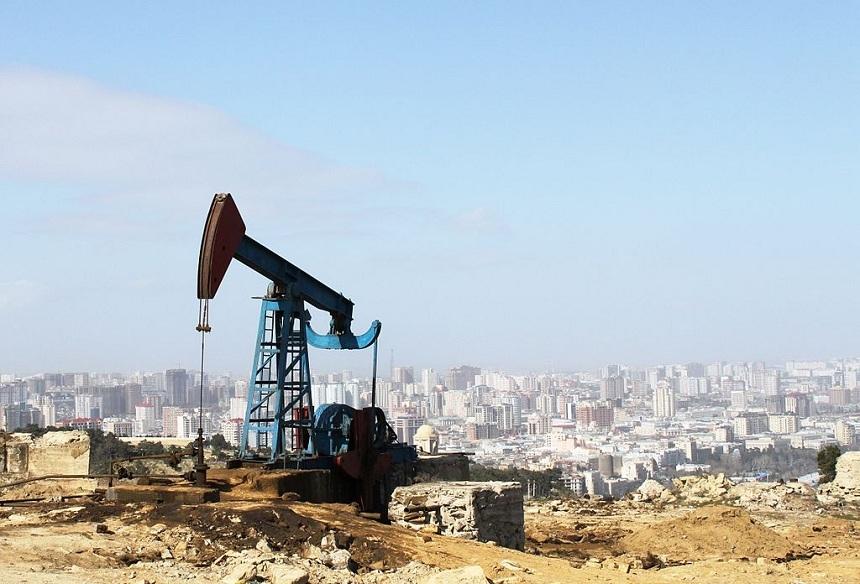 Эксперт о возможной стабилизации рынка нефти в начале 2017 года