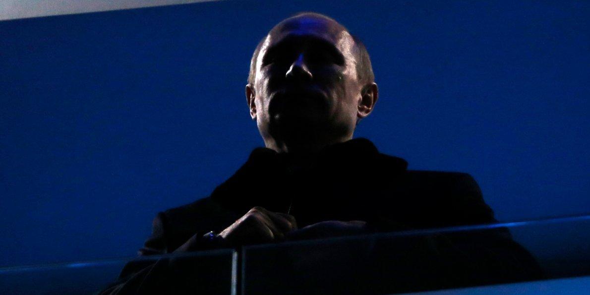 Путин берет контроль над всем миром