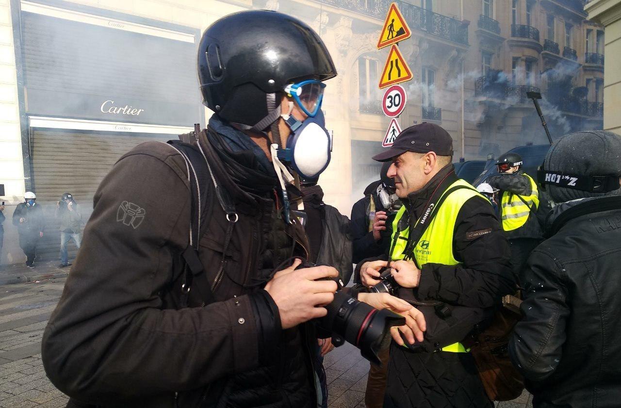 Во Франции протестующие «желтые жилеты» ворвались в тюрьму