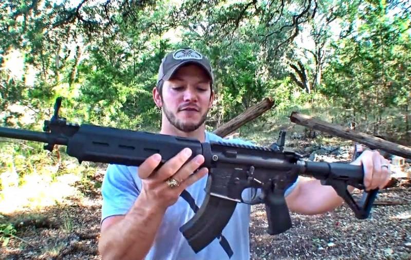 Расстрел телефонного столба из 7,62-мм AR-15