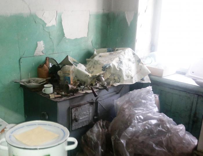 В этой кухне не делали ремонт с 1965 года. Но тут нашлись золотые руки…