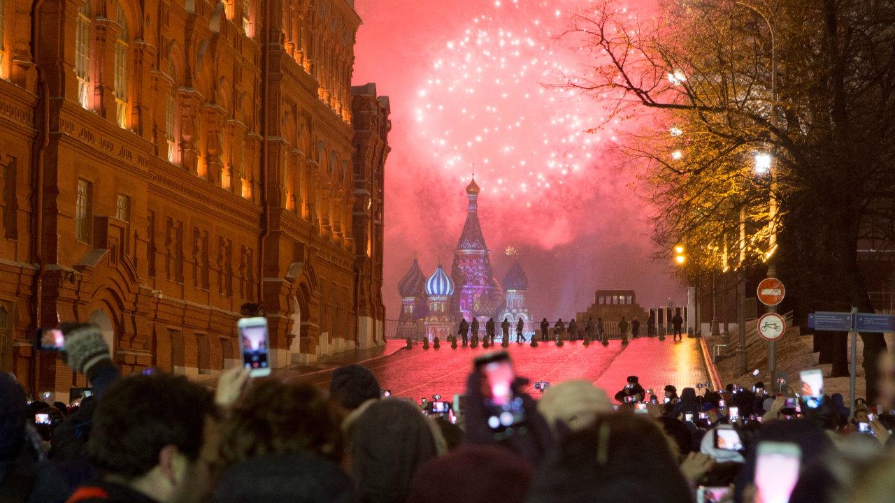 Русские празднуют Новый год неделями (Dagens Nyheter, Швеция)