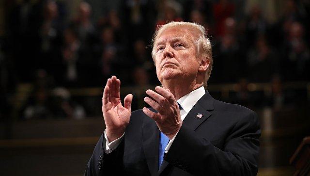 """Трамп заявил, что Россия и Китай бросают вызов """"нашим интересам, нашей экономике и нашим ценностям""""."""