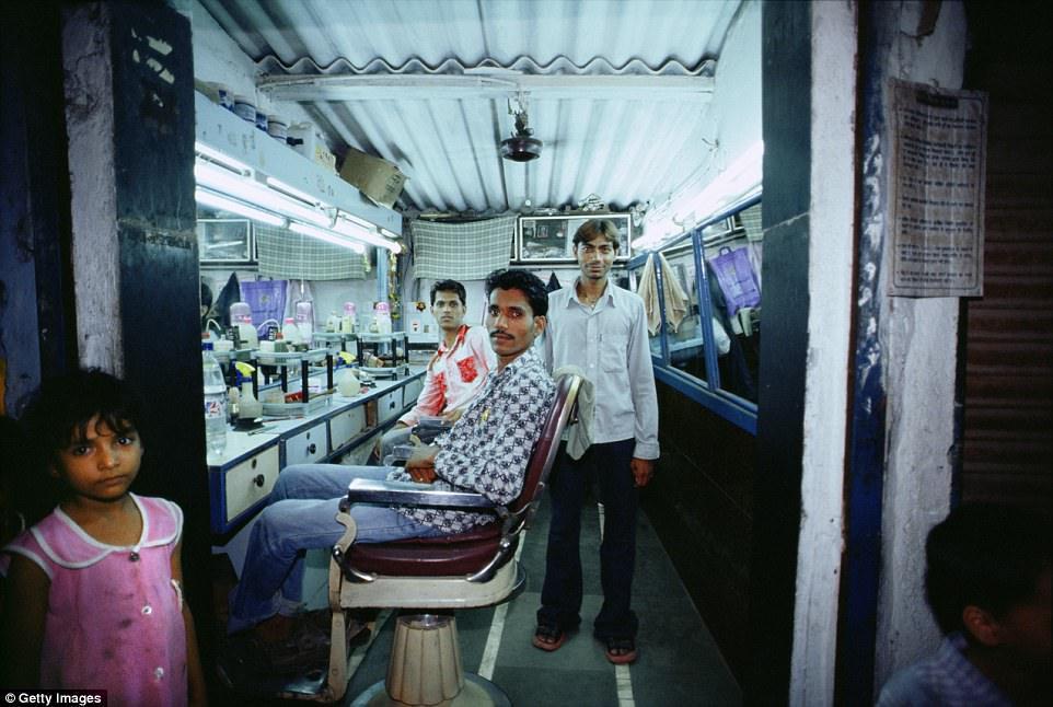Уличные парикмахерские