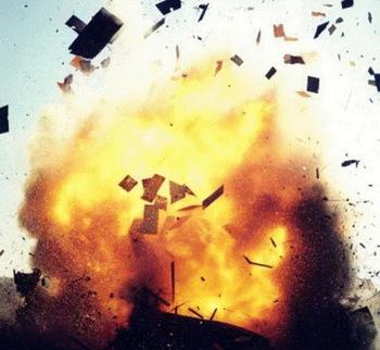 Взрыв прогремел на газовом предприятии в Тюменской области