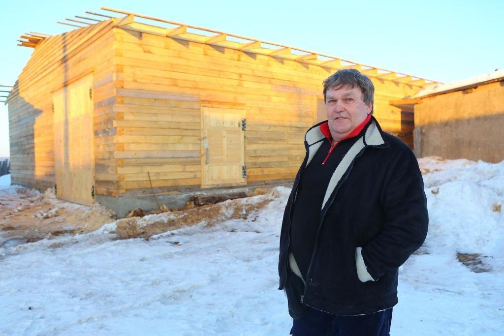 Житель Иркутской области превратил заброшенное колхозное хозяйство в развивающееся предприятие