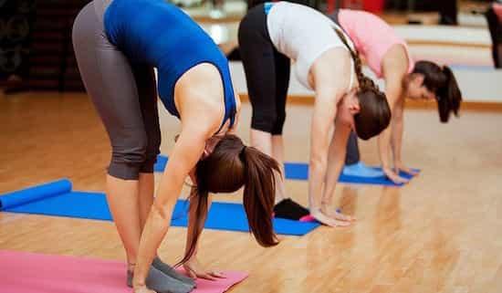 Йога. 7 упражнений йоги, помогающих остановить выпадение волос